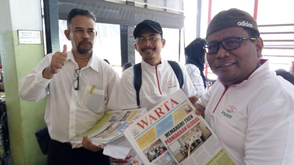 PKMS 3rd edition of Warta Distribution at Bukit Gombak area